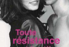 Cora Carmack - Toute résistance est inutile