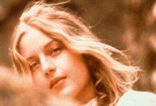 Joan Lindsay - Pique-nique à Hanging Rock Bib